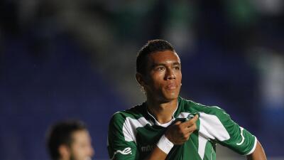 Carlos Lizarazo celebra un gol con Deportivo Cali