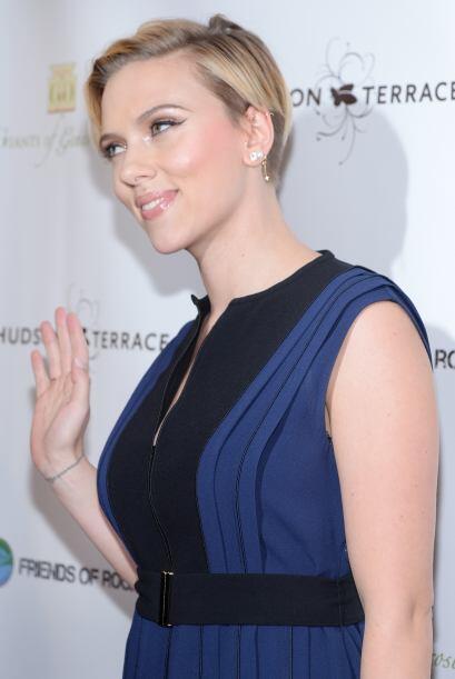 Scarlett Johansson es considerada como uno de los mejores sex symbols de...