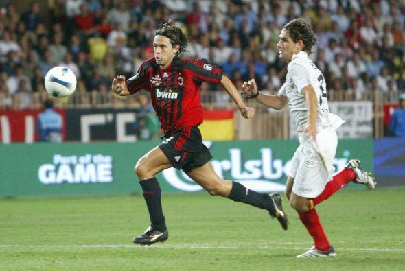 El Milán demostró y refrendó su calidad de favorito en el 2007 al vencer...