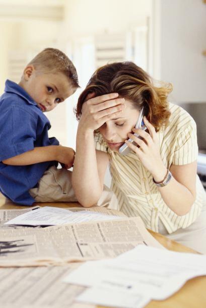 ESTAFAS POR INTERNET Y POR TELÉFONO- Prestamistas estafadores te ofrecer...