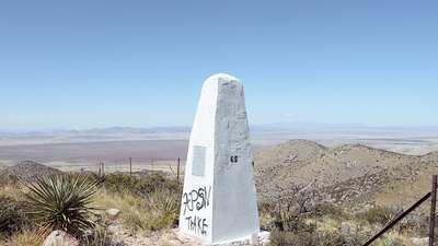 Olvídate del muro: estas son las auténticas marcas de la frontera entre EEUU y México
