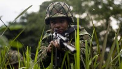Liberarán FARC a tres uniformados antes del fin de semana.