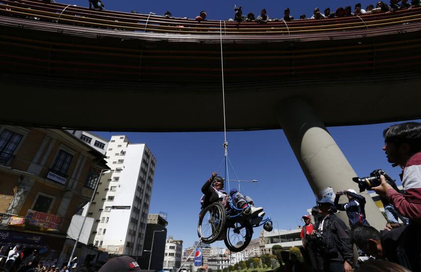 La tortuosa protesta de los discapacitados en Bolivia Bolivia%20Protest_...