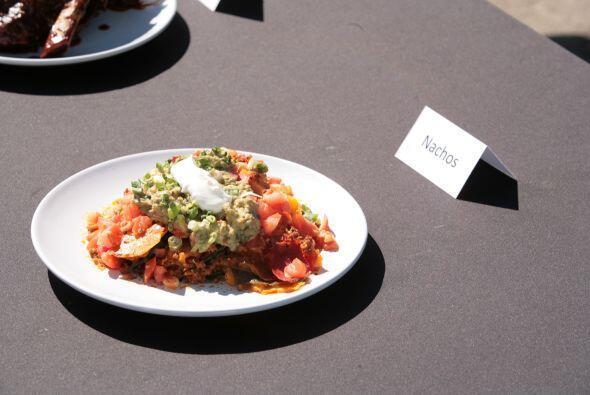 Por último unos nachos con carne, queso, tomate y salsa.