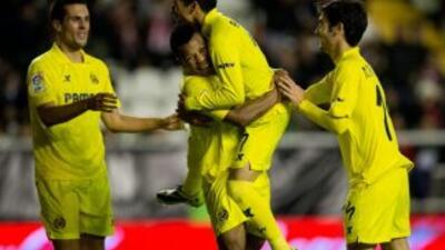 Villarreal hizo un festín ante el Rayo.