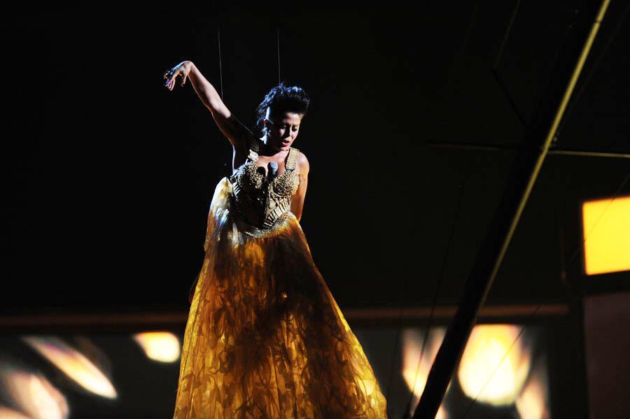 Alejandra Guzmán performance PLN