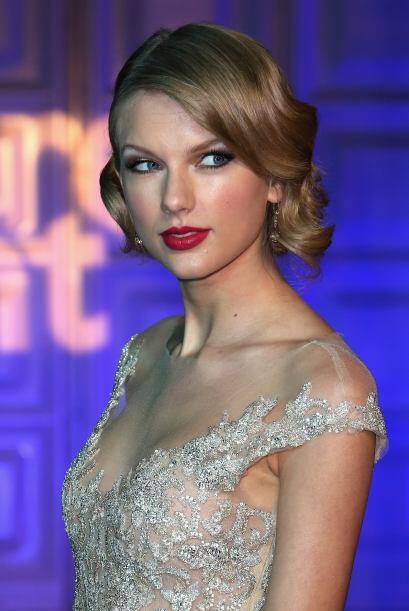 Cuando Tylor Swift no está sobre el escenario, se esmera para no tener u...