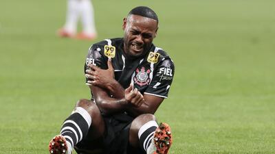 El delantero de Corinthians cometió un terrible error