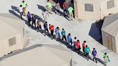 Las carpas de Tornillo, el nuevo centro de detención para niños inmigrantes (fotos)