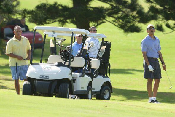 Uno de sus favoritos y del que nunca se pierde es el golf.