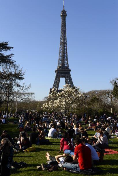 La torre fue inaugurada el 31 de marzo de 1889 a las 13.30 hora local.