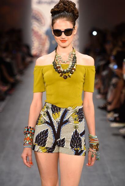 Atrévete a usar esta tendencia y a combinarla con distintas prendas.