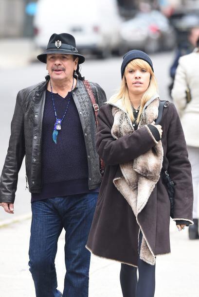 Carlos Santana tomó un paseo junto a su hija Stella. Mira aquí los video...