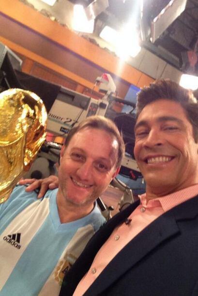 """""""Felicidades a todos los #Argentinos por su pase a la final del #Mundial..."""