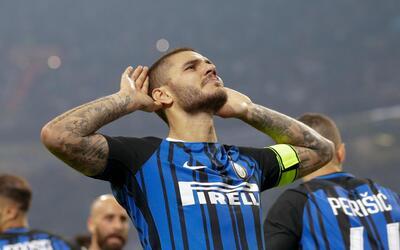 El delantero argentino Mauro Icardi tras anotar un gol en la victoria 3-...
