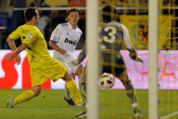 El Madrid siguió teniendo la posesión de la pelota.