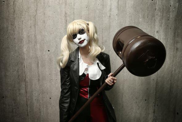 Las chicas también pueden ser villanas. el disfraz de Harley Quinn, la n...