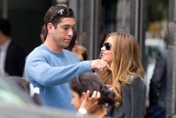 ¡Cacharon a Sofía Vergara en brazos de su ex Nick Loeb!