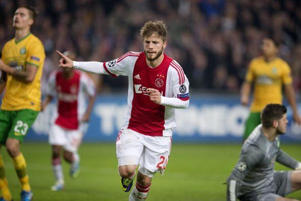 El solitario gol de Lasse Schöne bastó para que los holandeses respiren.