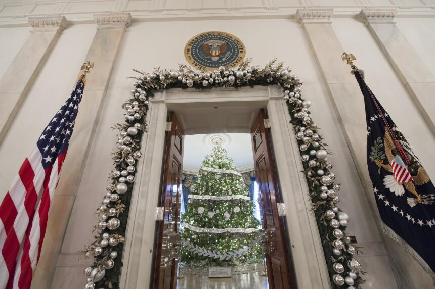 Así ha decorado Michelle Obama su última Navidad en la Casa Blanca Getty...