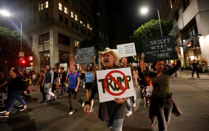 Actvistas en Los Ángeles participaron en protestas en contra de l...