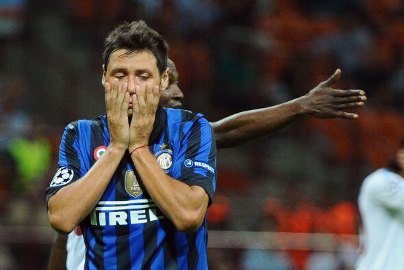 Mauro Zárate se perdió una chance muy clara, lo cual podría haber sido s...