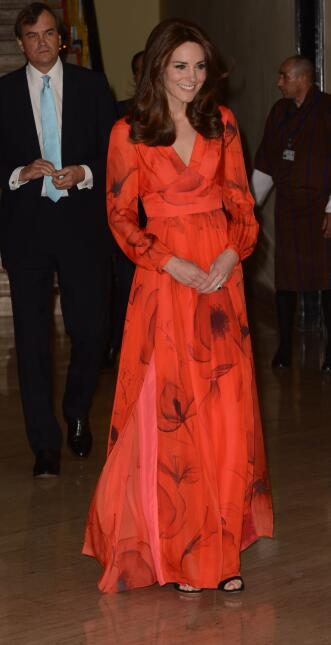 Los 50 mejores vestidos que usó Kate Middleton en 2016 GettyImages-52134...