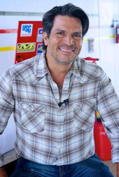 Roberto Mateos es Pepe, el mecánico de Ela. Será como su padre y tendrá...