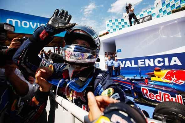 Vettel celebró la victoria que le permite acercarse a Hamilton en la cla...