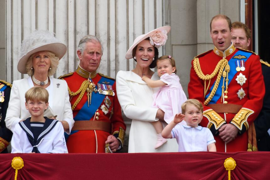 Los 50 mejores vestidos que usó Kate Middleton en 2016 GettyImages-53939...