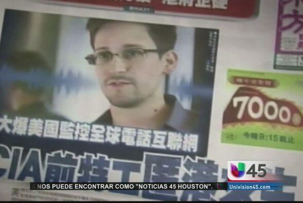 Snowden, acusado de divulgar información secreta, está dispuesto a volve...