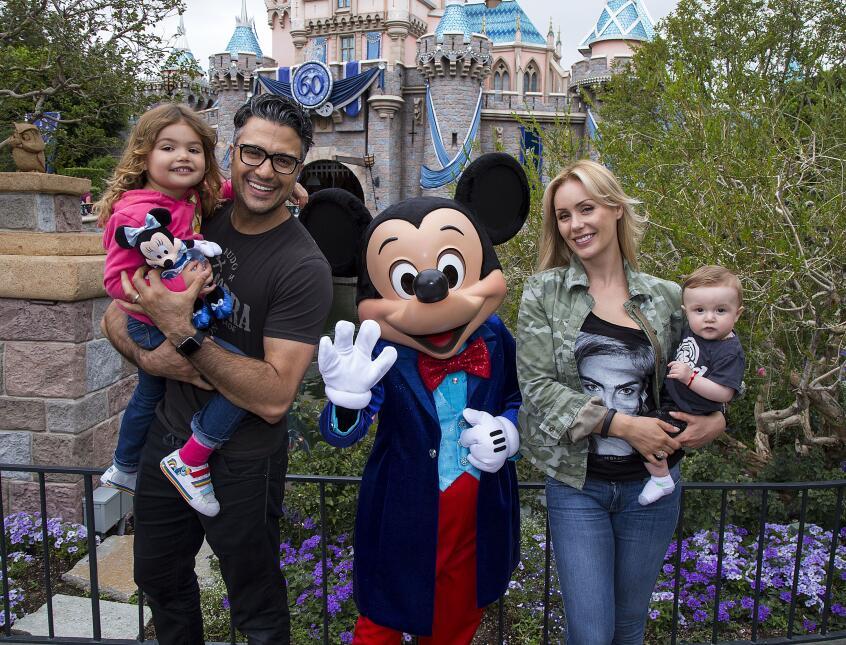 Jaime Camil en Disney