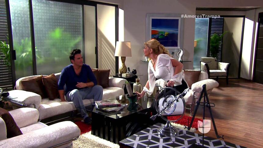Isabel fue a ver a Esteban creyendo que no recordaba nada del accidente.