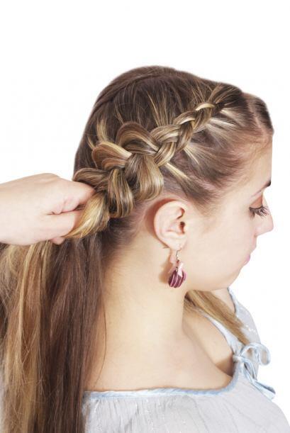 Trenzar el cabello es una forma práctica y sencilla para darle forma a u...