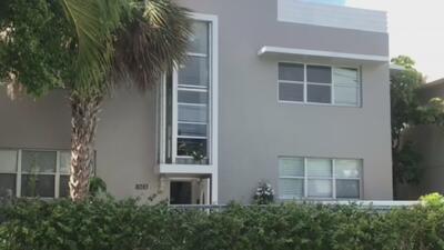 Autoridades buscan a sospechoso de espiar y acosar sexualmente a mujeres en Miami Beach