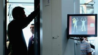 Los polémicos aparatos ya están funcionando en 68 aeropuertos en Estados...