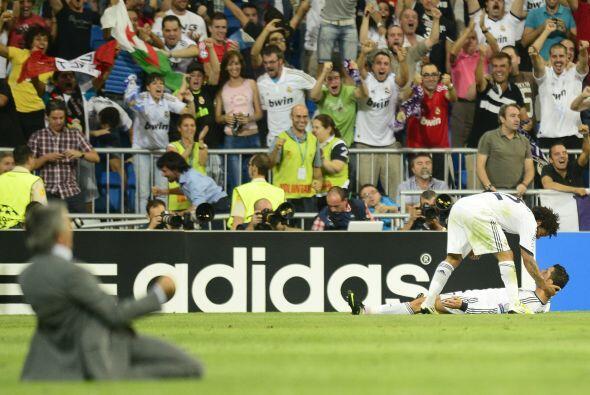 Todo el Santiago Bernabéu se unió en un grito de festejo, incluso el ent...