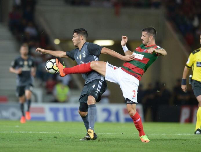 (Liga NOS) Marítimo 1-[1] Benfica: las 'Aguilas' siguen sin desp...