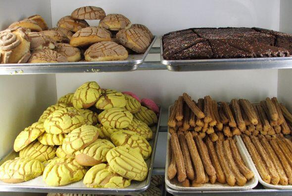 La panadería mexicana es tan variada y colorida como su cultura.