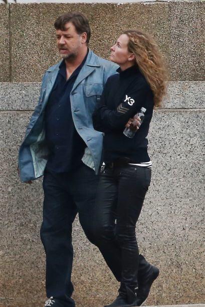 Russell Crowe se dio a la fuga con esta misteriosa dama.