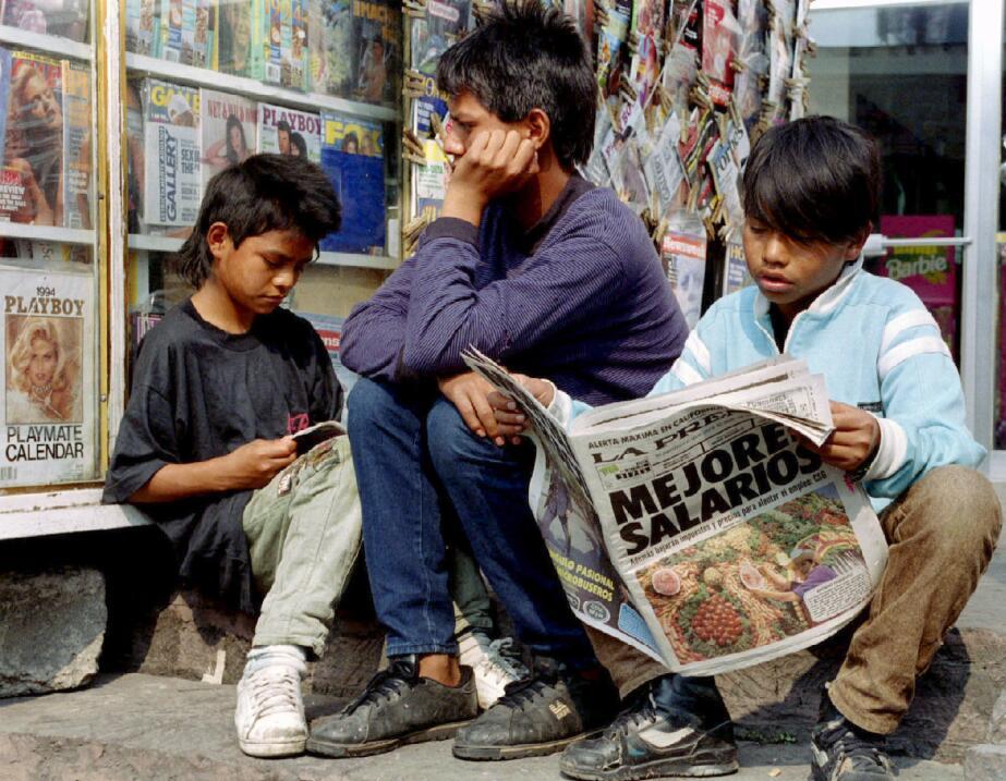Niños en Ciudad de México noviembre 16 de 1993