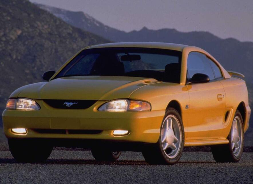 Medio siglo del Ford Mustang Fastback Ford-Mustang_GT-1994-1280-01.jpg