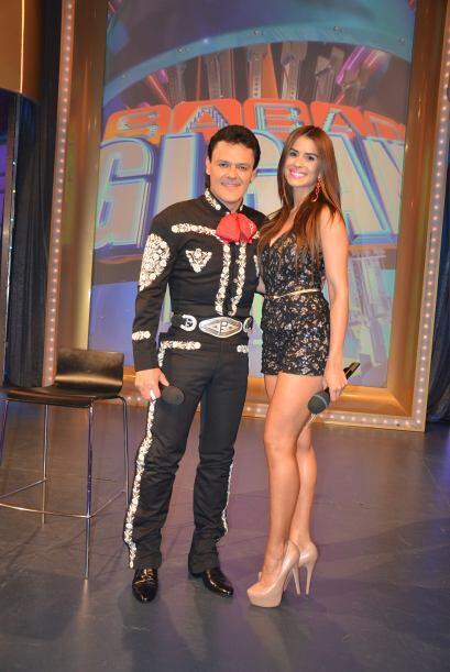 Pedro Fernández fue el invitado musical de la noche y deleitó con sus ca...