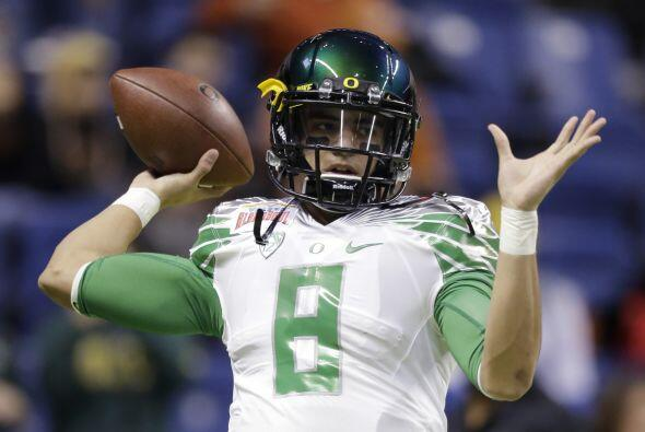 2. Marcus Mariota, Oregon (AP-NFL).