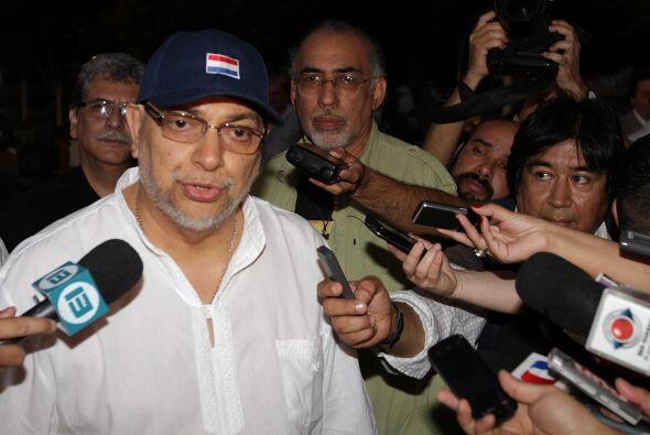 El presidente de Paraguay, Fernando Lugo, fue internado hoy en una clíni...