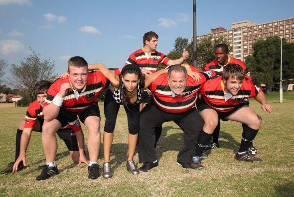 Dorismar y El Gordo de Molina se nos fueron a practicar  rugby  en Sud&a...