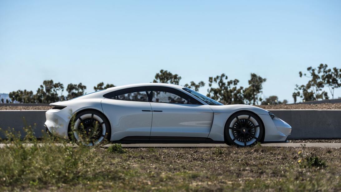 Los secretos del Mission E, el 'mata-Tesla' de Porsche mission-e-6-1.jpg
