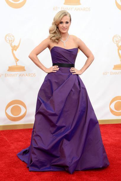 Como una verdadera princesa, así describimos a Carrie Underwood, quien a...