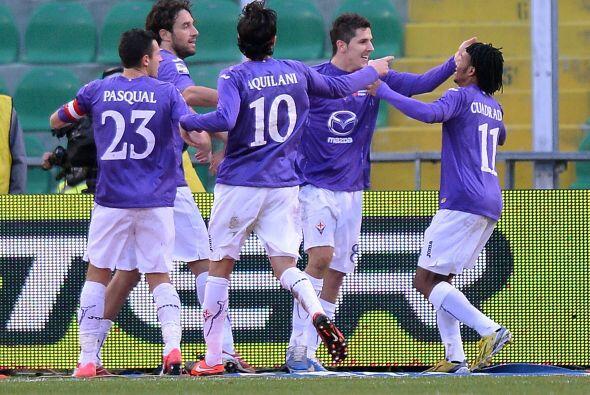 Jovetic convirtió un doblete y su 'Fiore' venció por 3-0.