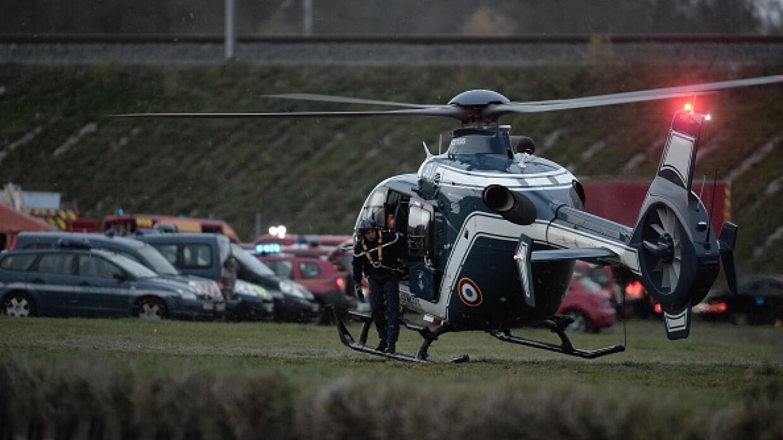 Heridos trasladados en helicóptero.